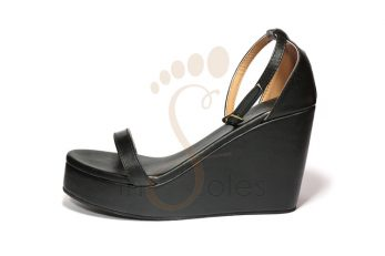 01-wedge-black-pic3