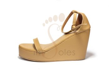 01-wedge-camel-pic3
